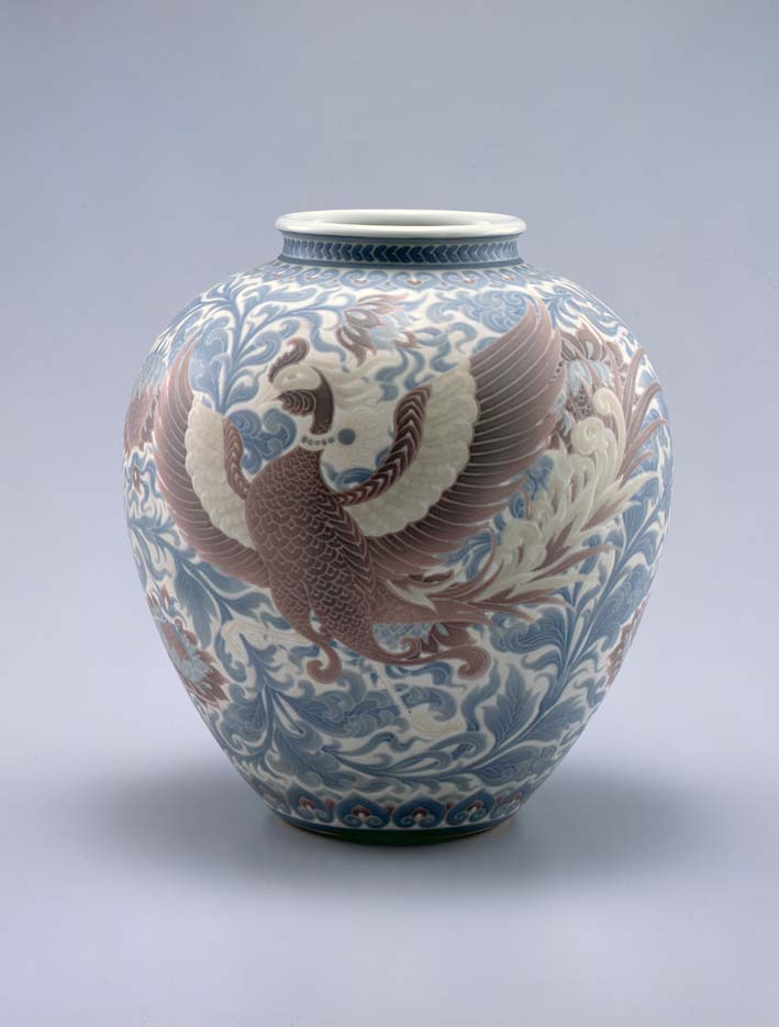 Flower vase with underglaze design of phoenix and auspicious flowers (Hokosaiji) by Itaya Hazan (1872-1963), circa Taisho 12 (1923), height 26.5 cm, Idemitsu Museum of Arts