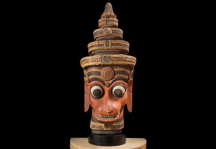 Monumental head of Hanuman, India, Kerala, 18th century, wood with pigment, lent by Narendra and Rita Parson, Santa Barbara Museum of Art