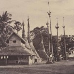 Rangoon: Henzas on the East Side of the Shwe Dagon Pagoda, 1855, 26.1 x 34.3 cm
