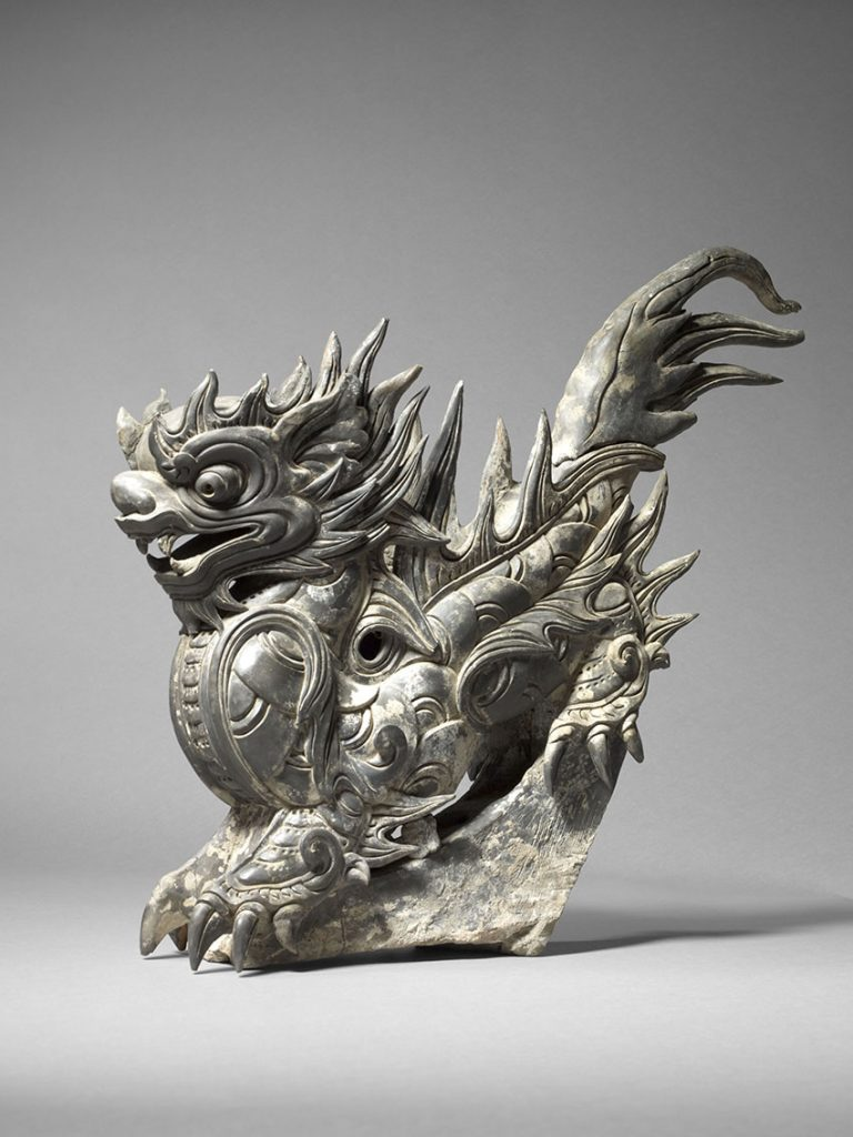 Roof ornament in the form of a dragon, grey terracotta, Le period, 18th century, 61 x 45 x 18 cm. MNAAG, Paris