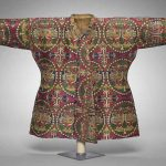 Sogdian prince's coat with ducks in pearl medallions; Tang Chinese lining, 700s, probably Uzbekistan, Samite: silk, Lining: twill damask: silk, overall dimensions 48 x 82.5 cm, The Cleveland Museum of Art, purchase from the J H Wade Fund