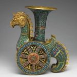 Wheeled-bird, zun vessel, copper, cloisonné, Qianlong period (1736-95), Qing dynasty (1644-1911), 25.8 x 21 x 9cm © National Palace Museum, Taipei