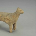 Dog (with modern rubbing), Three Kingdoms period, Wu kingdom (222-280), earthenware, height 10.47 cm, width 15.87 cm, depth 5.4 cm, unearthed in 1986 from M10 at Dengfushan in Nanjing, ink rubbing on paper from incised text on dog's back: 'This dog's name is Black Dragon'. Collection of the Nanjing Municipal Museum
