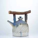Miyajima (1998), 28 x 28 x 18.5 cm, stoneware and wood. Collection of Ministry of Foreign Affairs, Singapore